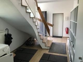 gepflegter Eingangsbereich
